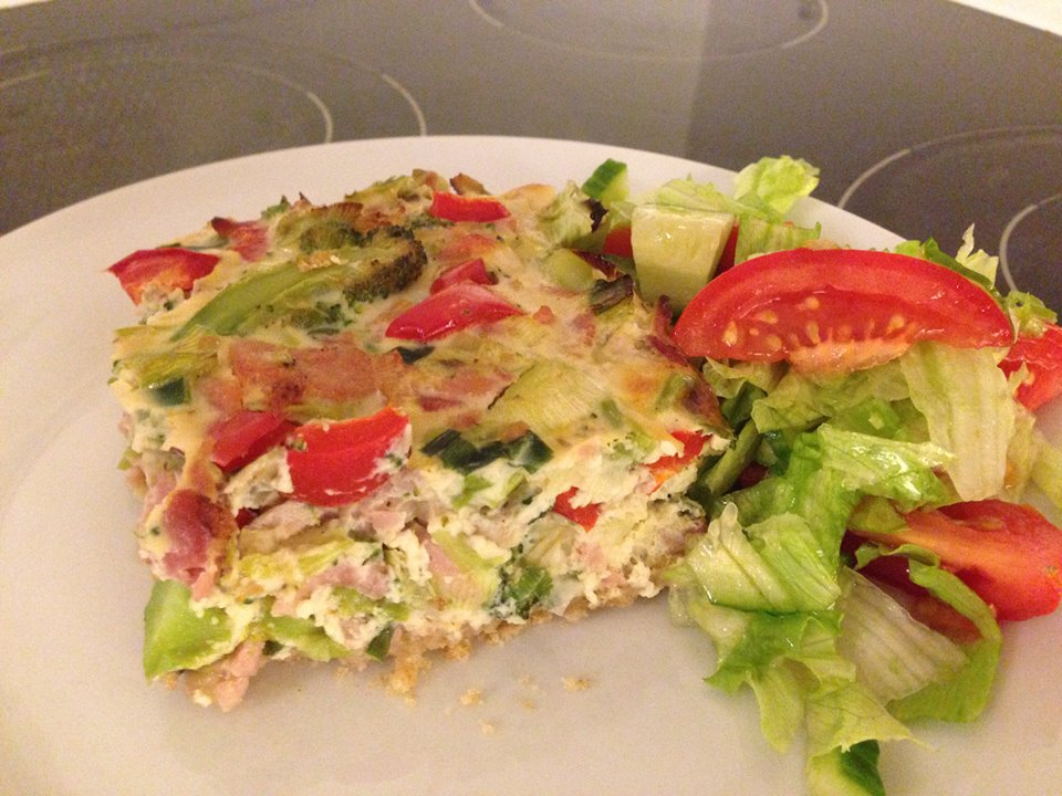 Glutenfri og mælkefri skinke- og grøntsagstærte