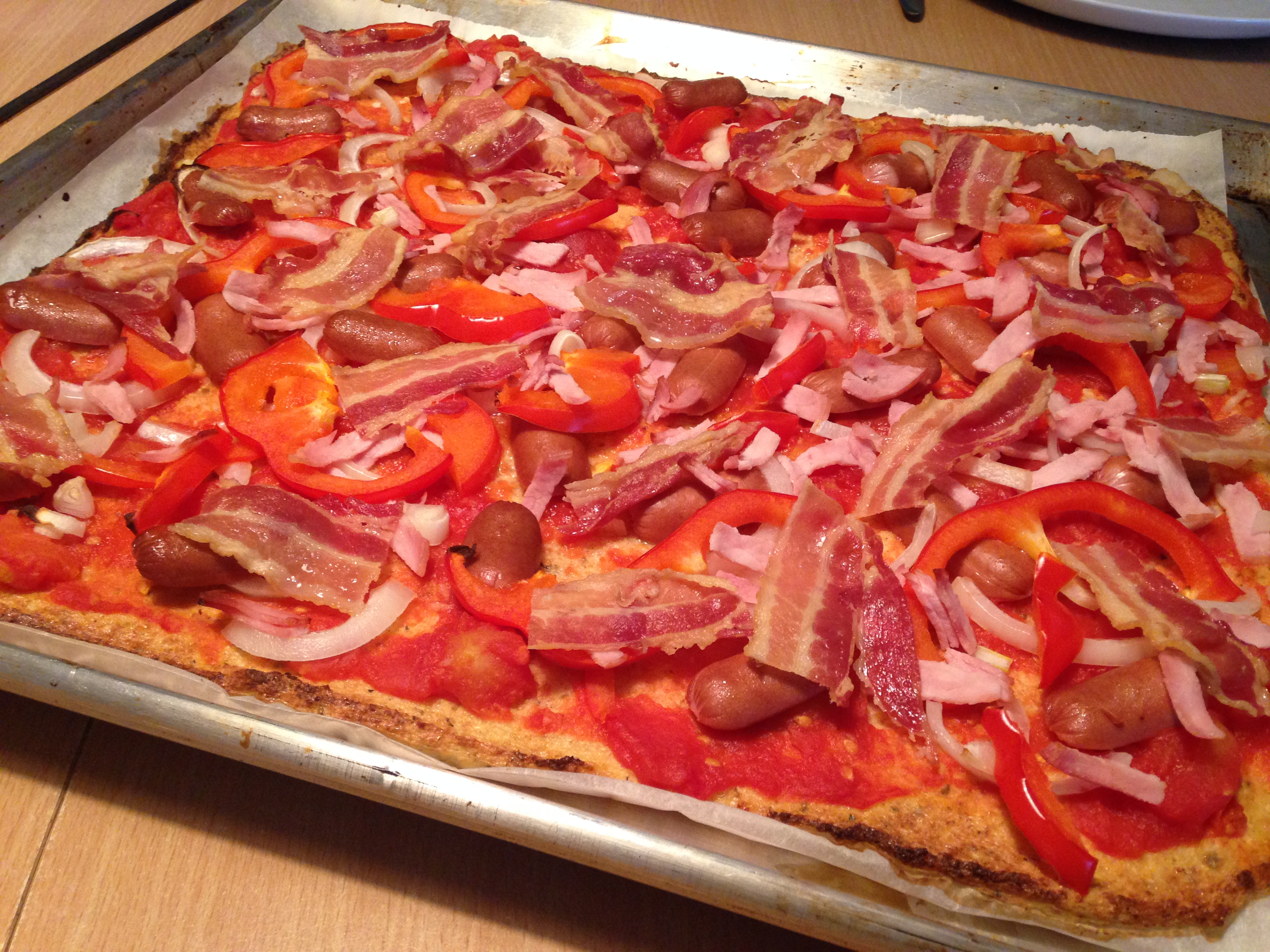 Glutenfri og mælkefri blomkålspizza