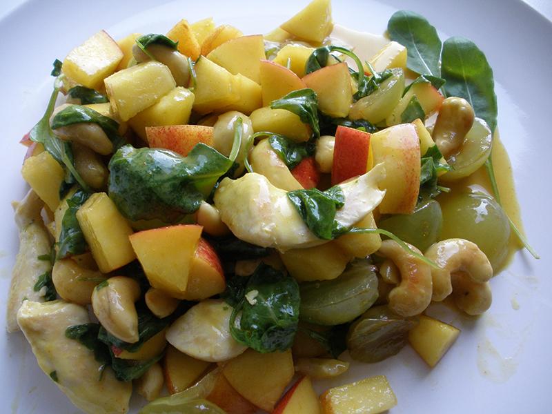 Frisk salat med kylling og ruccola