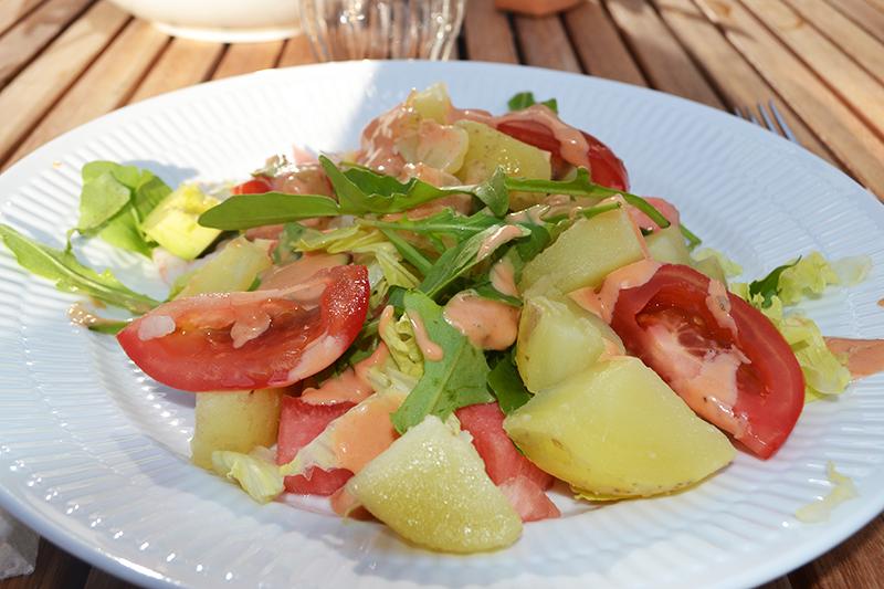Sommersalat med rejer og kartofler